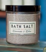 By Nieves Bath Salt