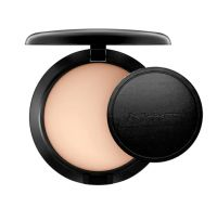 M.A.C. Studio Careblend/Pressed Powder