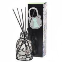 Votivo Lock Your Love Reed Diffuser -- Hold Me Tight