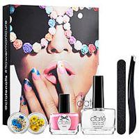 Ciat&#233 Flower Manicure