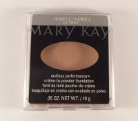 Mary Kay Endless Performance Crème-to-Powder Foundation